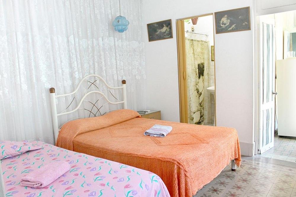 Casa particular zimmer in cienfuegos kuba zu vermieten for Zimmer auf spanisch